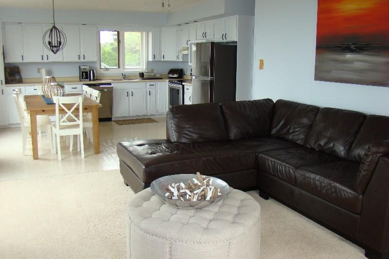 173 Lakeshore Blvd North Sauble Beach Cottage Rentals