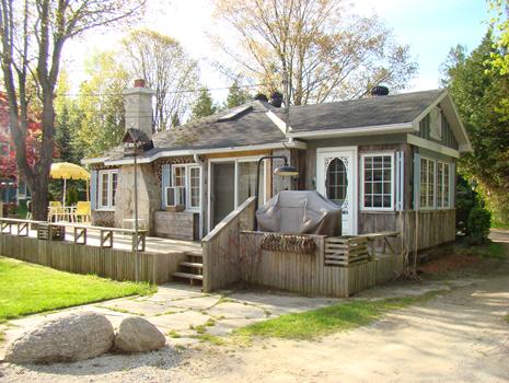 Tremendous 30A Eldridge Avenue Sauble Beach Sauble Beach Cottage Rentals Beutiful Home Inspiration Xortanetmahrainfo